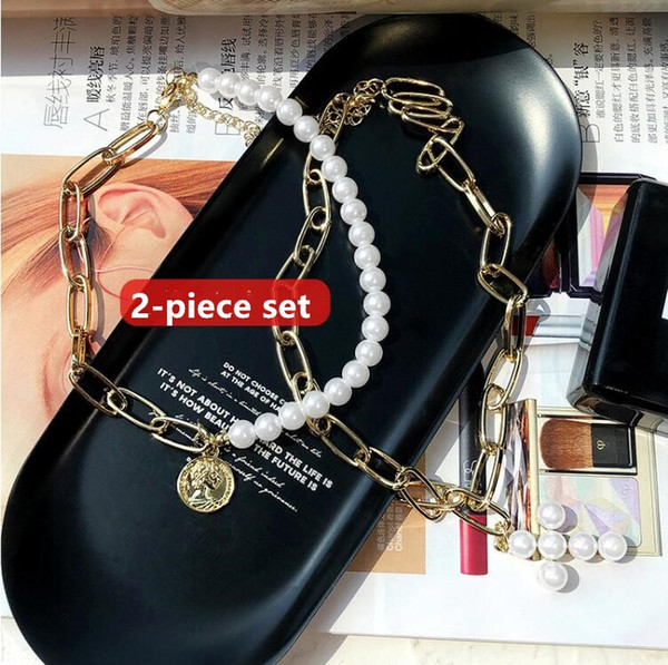 2019 new European and American sexy pearl cross queen coin clavicle chain female net red short necklace choker collar female