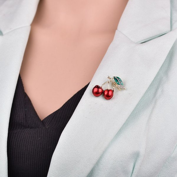 Red Enamel Brooches For Women Kids Cherry Brooch Corsage Small Bouquet Hijab Pins Feminino Party Dress Accessories b500