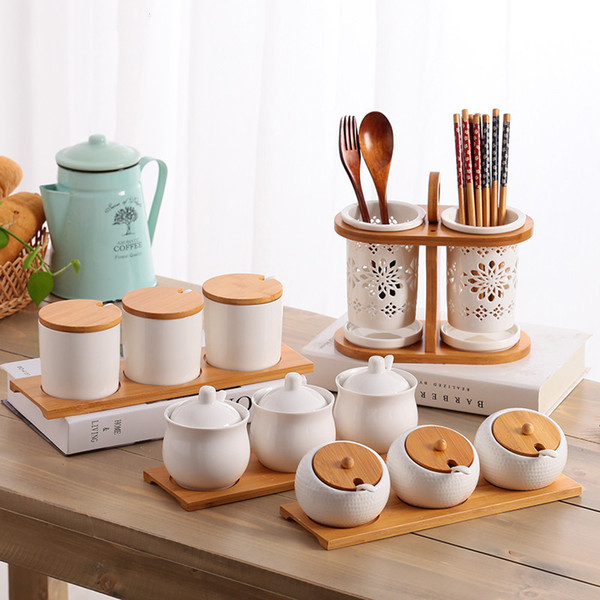 best selling Kitchen Utensils Creative Ceramic Seasoning Bottle and Sugar Bowl Seasoning Box Set Household Storage Bottle Kitchen Storage Jar
