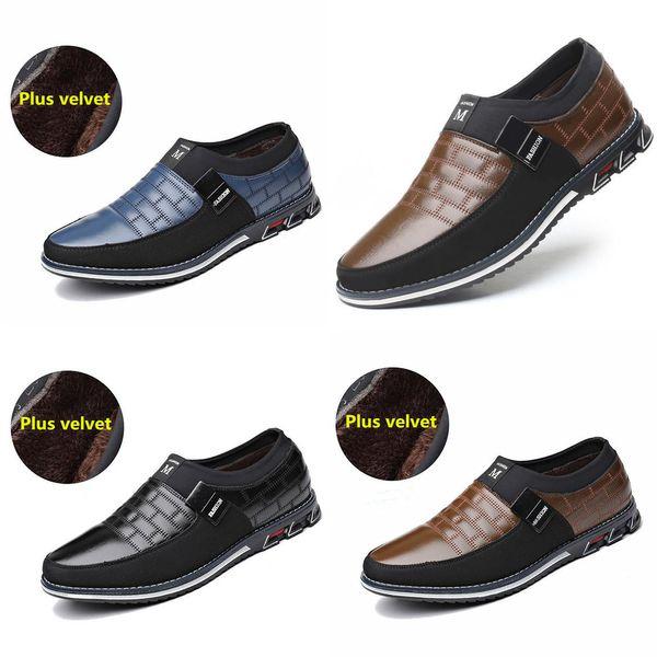 Plus Size 38-46 NOUVEAU 2019 en cuir véritable homme Souliers simple Marque Hommes Mocassins Mocassins respirante Slip sur Chaussures Noir Driving