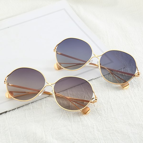 Designer Sunglasses Luxury Sunglasses Hot Brand Sunglass Fashion Summer Womens Glass UV400 with Box and Logo High Quality with Full Frame