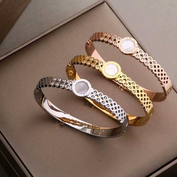 2019 Fashion designer bracelet titanium steel men and women bracelet White shell diamond bracelet silver bangle jewelry free shipping