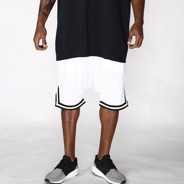 Shorts Sports Mesh Eyelet Hanging Shorts Casual Breathable Loose Five Pants Men Hip Hop Shorts M-2XL