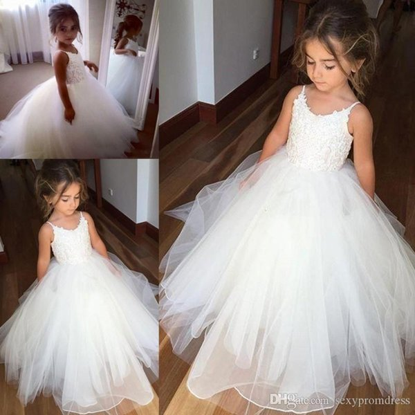 best selling Cheap Spaghetti Lace And Tulle Flower Girl Dresses For Wedding White Ball Gown Princess Girls Pageant Gowns Children Communion Dress BM0990