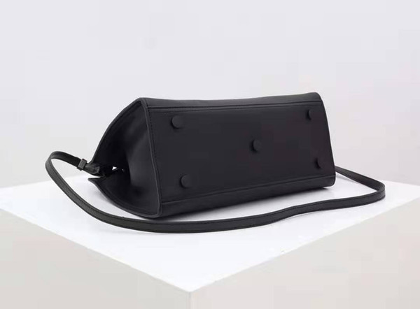 Hardware negro negro