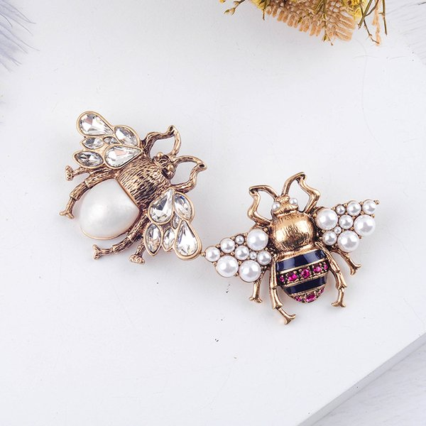 Cheap Brooches Bohemia New Tendency Fashion Imitation Pearls Red White Color Glass Bee Insect Brooch For Women Statement Jewelry Wholesale