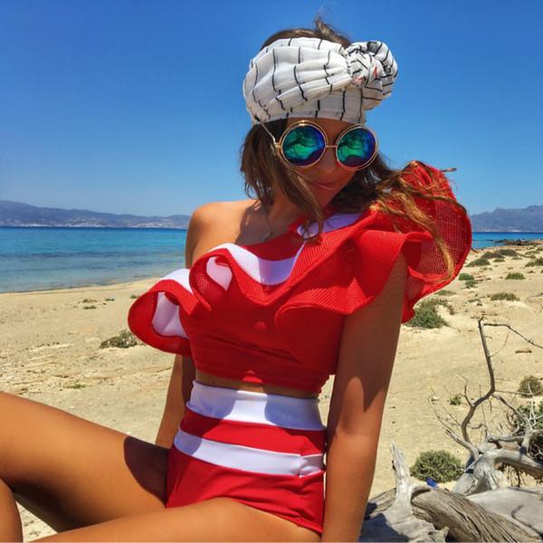 A07S026 One Shoulder Rüschen Bademode Sexy Bikinis 2018 Zweiteiler Damen Badeanzug Rot Schwarz Weiß Solide Fitness Beach Wear