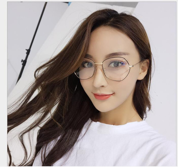 2019 Men and women's flat glasses, radiation-proof mobile phone glasses, metal frames to prevent myopia goggles