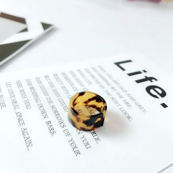 Free Shipping New Simple Tortoise Resin Brown Fashion Cute Pretty Sweet Elegant Popular Ring For Women