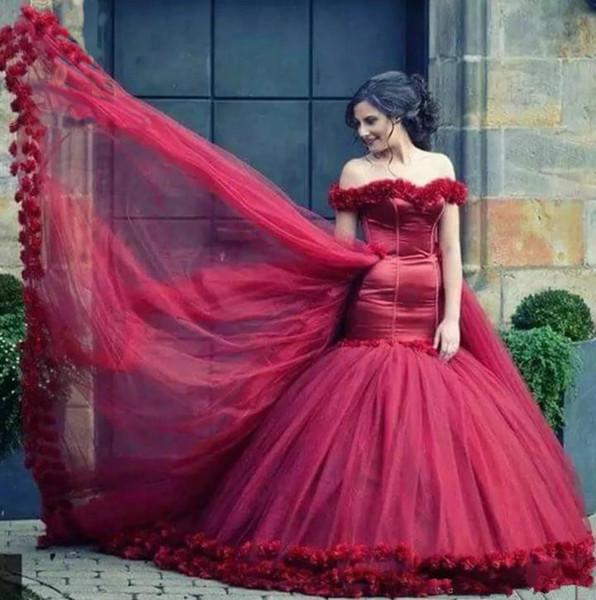 Последние красные возлюбленной с плеча Съемная юбка Длинные хвосты Свадебные платья Пакистанское свадебное платье с 3D цветами