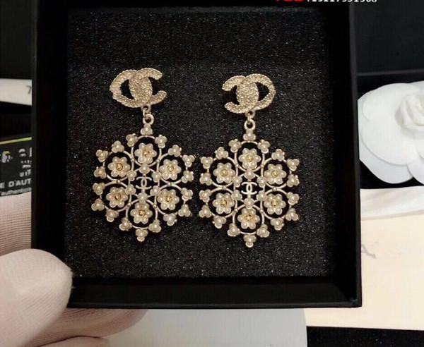 Alta qualidade designer de moda brincos de jóias mulheres brincos de casamento branco pérola grandes brincos flor brinco