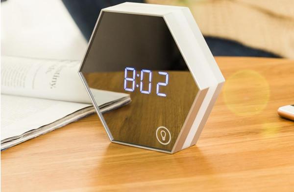 Neue Spiegel Schlafzimmer Wecker Nachttischlampe Smart Home Multifunktionsspiegel Nachtlicht kreative Geburtstagsgeschenk Lampen können aufgeladen werden
