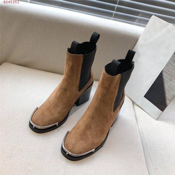 Толстая нижняя толстая пятка плотно с cowhair короткие сапоги, рекреационные тонкие ноги короткие трубки, врезки в модных толстом каблуке кожаные сапоги