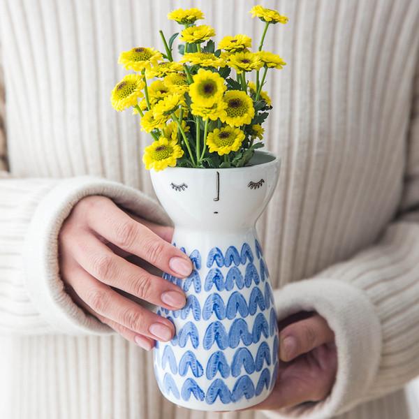 1pc Cute Girl Vase Ceramic Flower Vase Modern Elegant Vase Porcelain Figurine For Home Decor Wedding Gift Y19062803