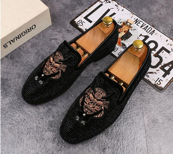 6326bc6cbe Homens verão novos sapatos casuais masculinos casuais versão coreana da  tendência de um pedal de sapatos
