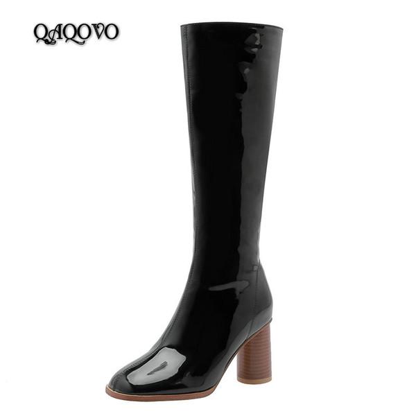 Cuissardes à la mode pour femmes Bottes de cuir verni carré Talons hauts Bottes d'hiver Zip Back Automne Chaussures de dames Noir Blanc Vin Rouge