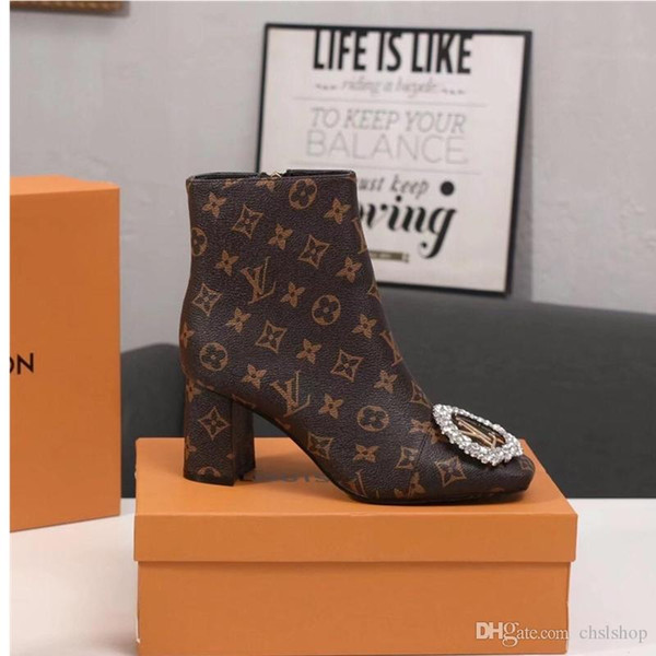 2019Y new ladies casual fashion booties luxury women's travel party shoes, original box packaging fast delivery