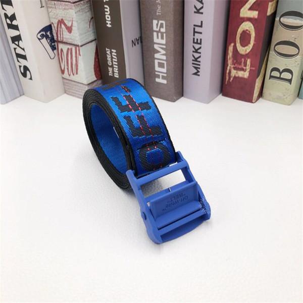 hebilla de cinturón azul azul