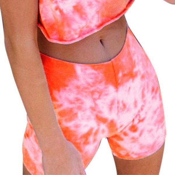 des shorts oranges