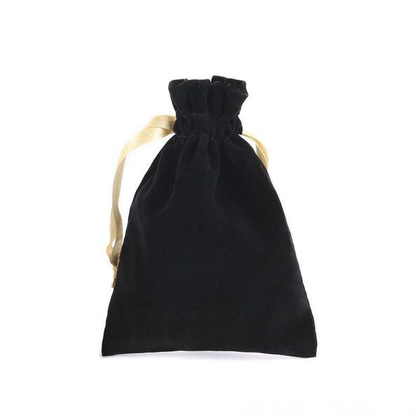 pequeño negro estilo