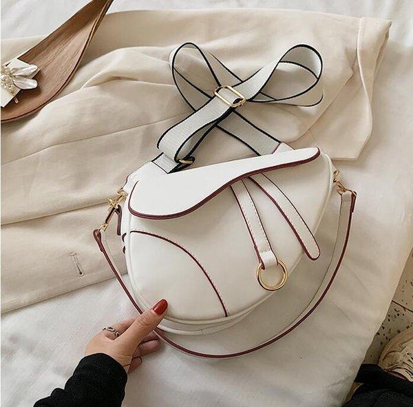 White(boutiqueBox)