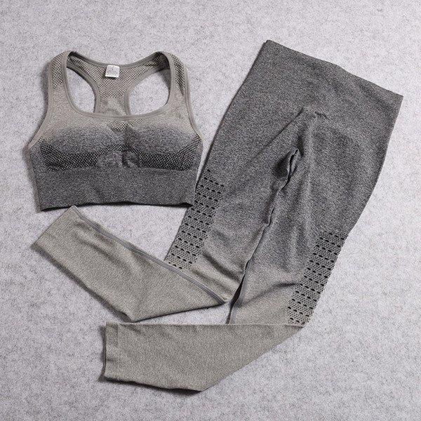conjunto gris