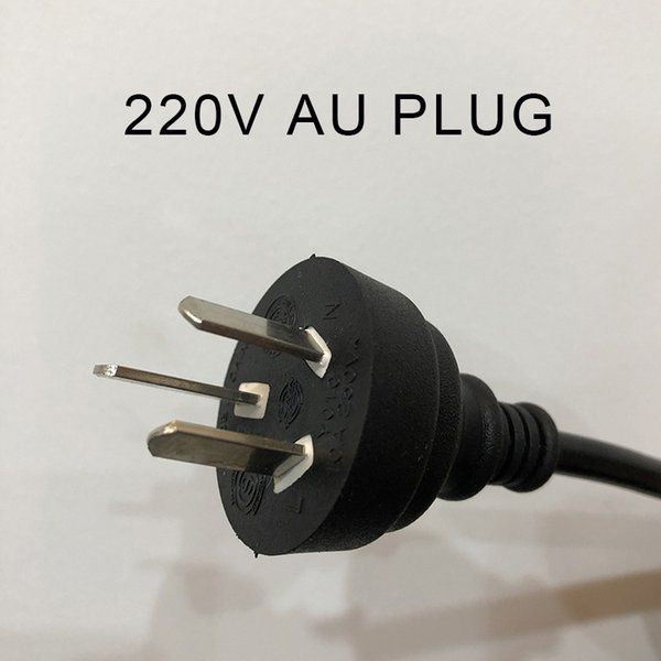 220 AU PLUG