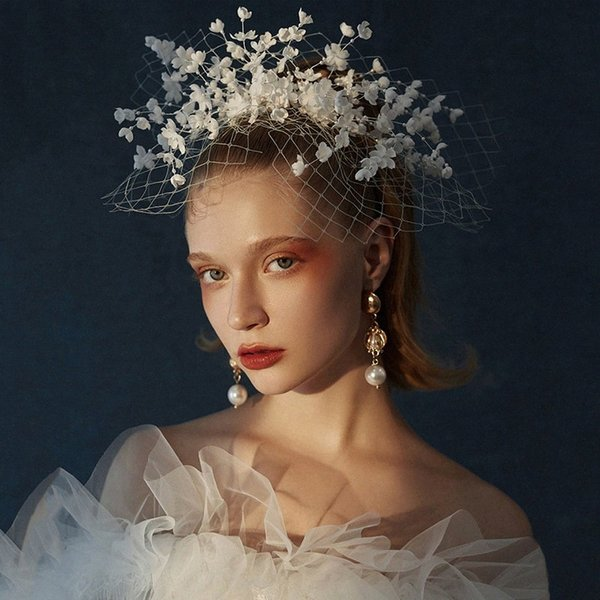 best selling 2020 2020 New European And American Bride Headdress Super Fairy White Flowers Hairpin Veil Wedding Birthday Photo Dress Accessories 4ReX#