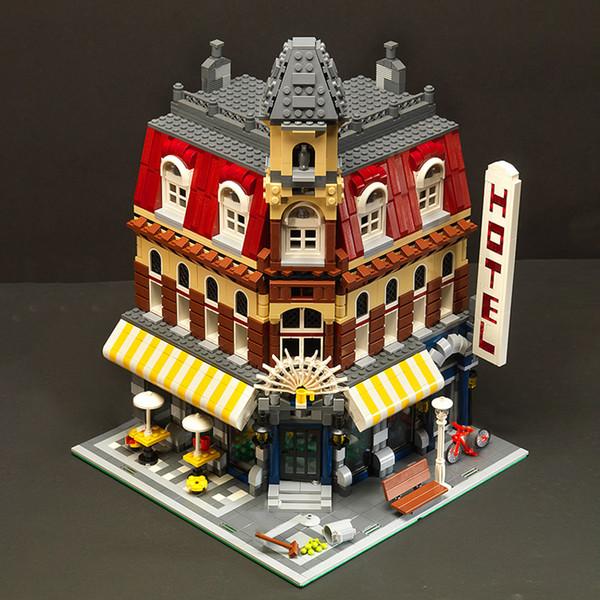 top popular In Stock 15002 2133Pcs City Street View Series Make Cafe Corner Model Building Blocks Bricks Children Toys Christmas Gift 10182 2021