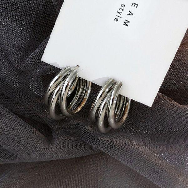 Gümüş rengi