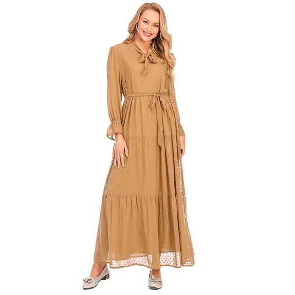 braunen Kleid