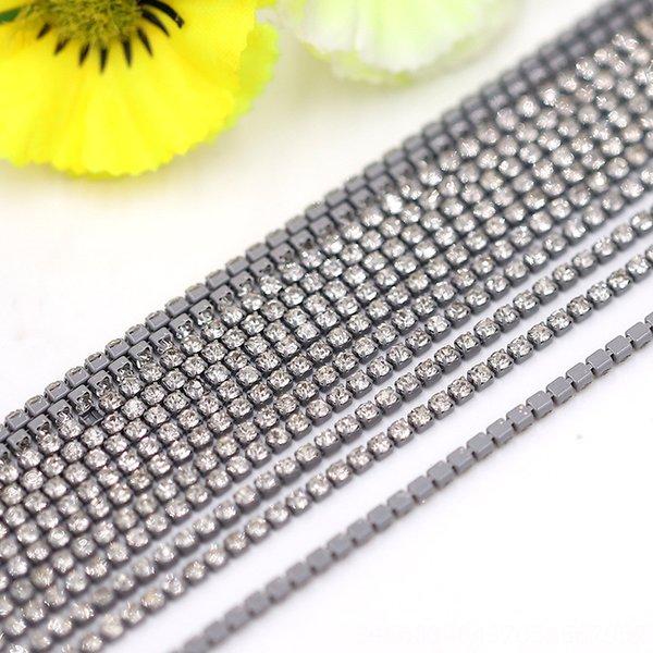 17 swimming gray bottom + White Diamond-