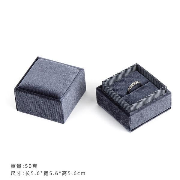 серый цвет 5.6x5.6x5.6cm