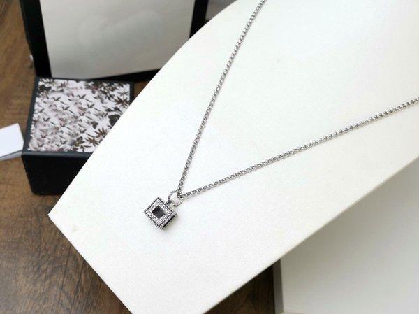 Silver/Thin Chain