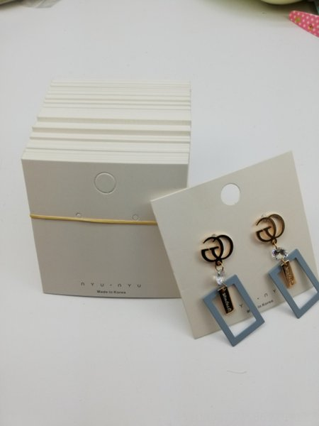 100 8x8 küpe kartları