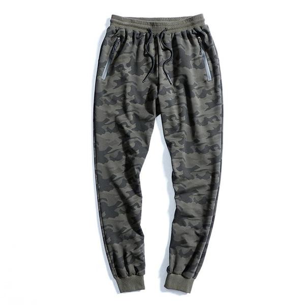 pantaloni della tuta verde