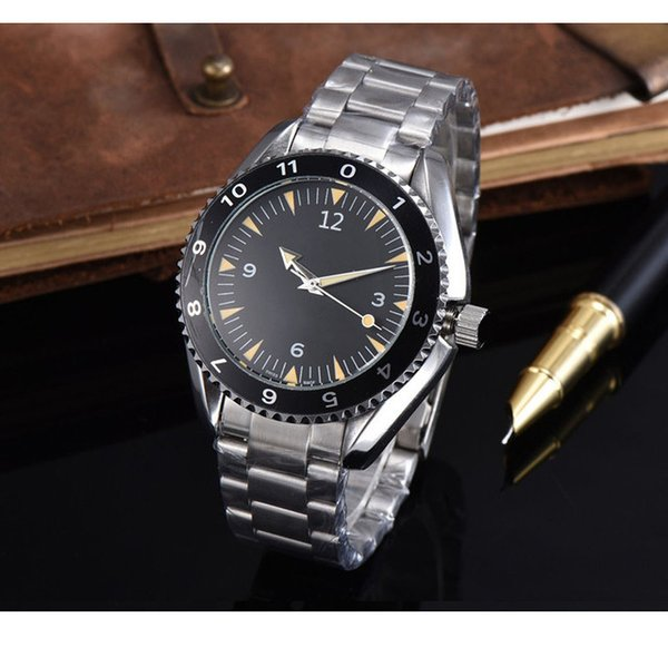 best selling New Automatic Mechanical Watches Fashion Clock Mens Watches Good Quality Quartz Wristwatches Stainless Steel Cool Men Watch Wholesale Gift
