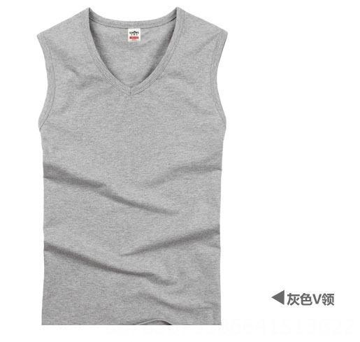 cuello en V gris