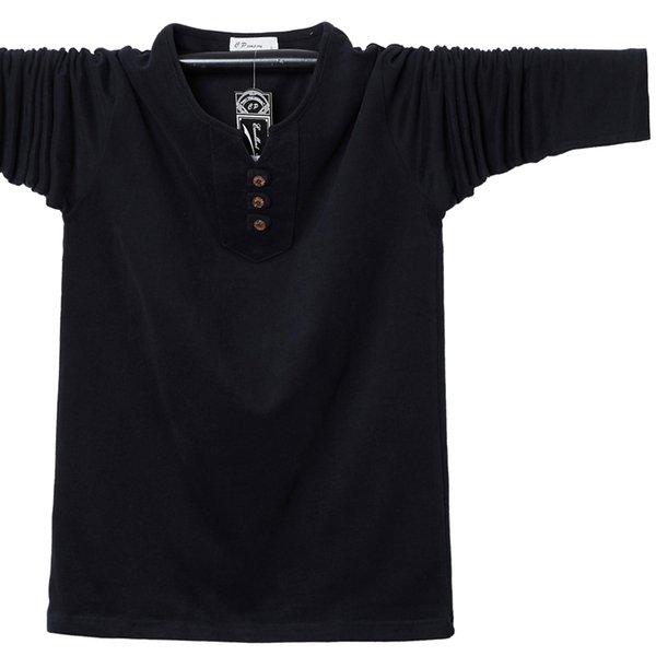 Черный футболка