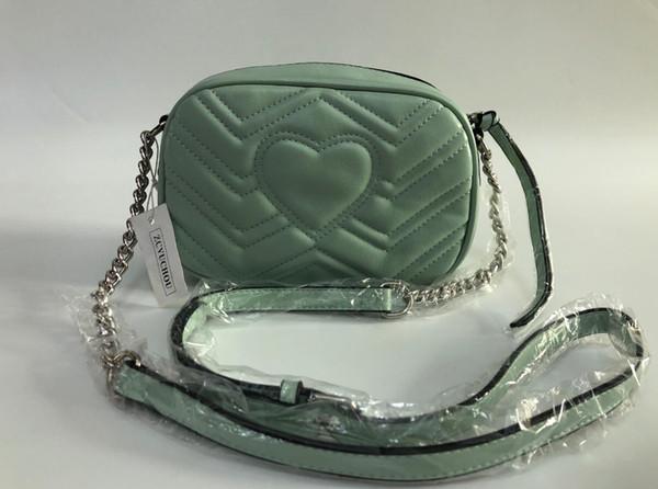 Luce verde barra d'argento