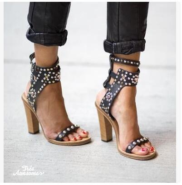 Black 11cm heel
