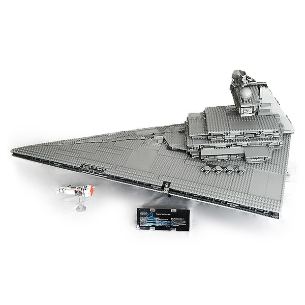 top popular In Stock 05027 3250Pcs Imperial Star Destroyer Building Blocks Bricks Educational Toys Gift Compatible with 10030 2021
