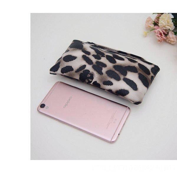 Estampado leopardo de color caqui