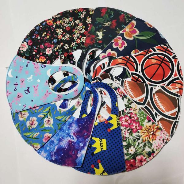 femme couleurs mélangées avec sac opp
