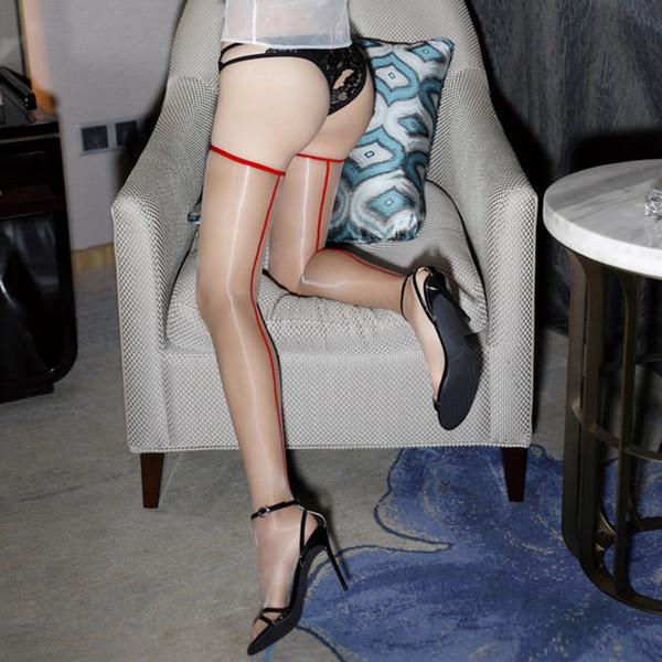 Kırmızı Hat Cilt Çorap-Bir Boyut