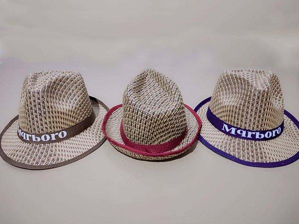 Pequeño Borde del sombrero de paja, Cabello color mixto, sin