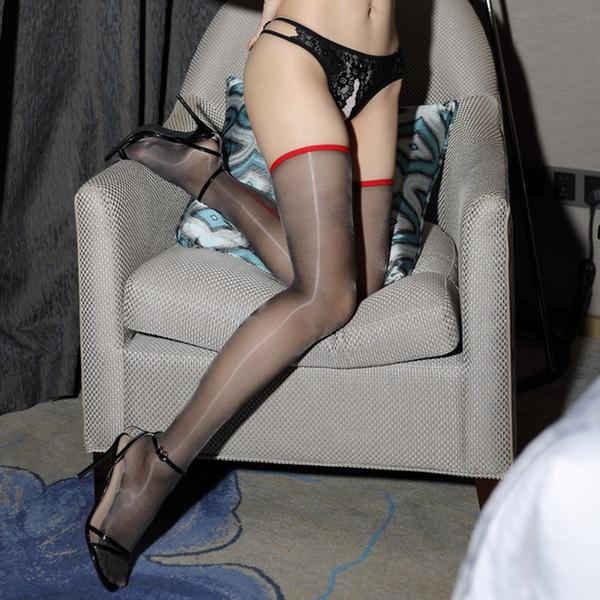 Kırmızı Hat Siyah Çorap-Bir Boyut