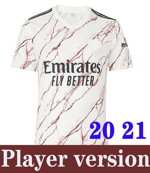 لاعب 20 21 رجلا بعيدا عن المرمى