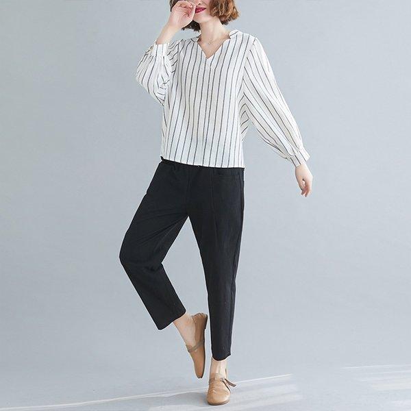 Los pantalones en blanco y negro