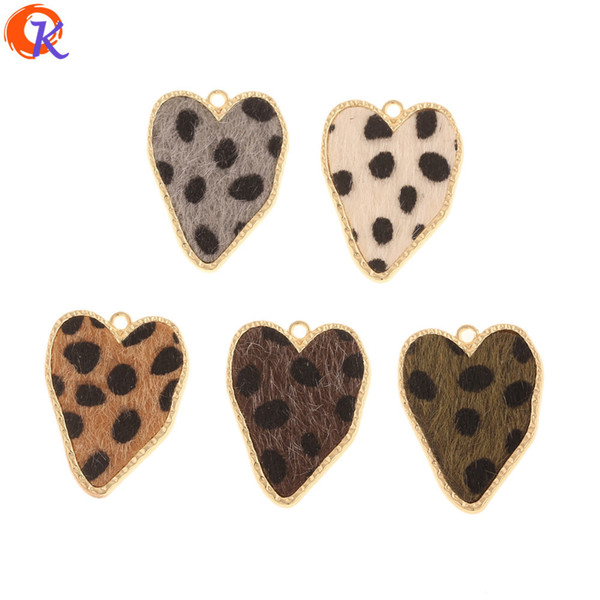 Cordial Design 50Pcs 25*32MM Jewelry Accessories/Hand Made/Heart Shape/DIY Making/Leopard Print Effect/Charms/Earring Findings T200808 Cordial Design 50Pcs 25*32MM Jewelry Accessories/Hand Made/Heart Shape/DIY Making/Leopard Print Effect/Charms/Earring Findings 1. Material: Metal Alloy 2. Place Of Origin: Made In China ( Mainland ) 3. Shipping Methods: By China Post Air, Hongkong Post Air, EMS, DHL...